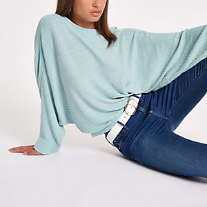 Light green ribbed long sleeve knitted sweater