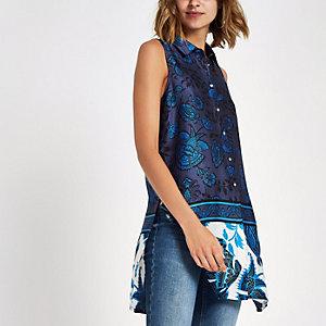Blauw mouwloos lang overhemd met bloemenprint
