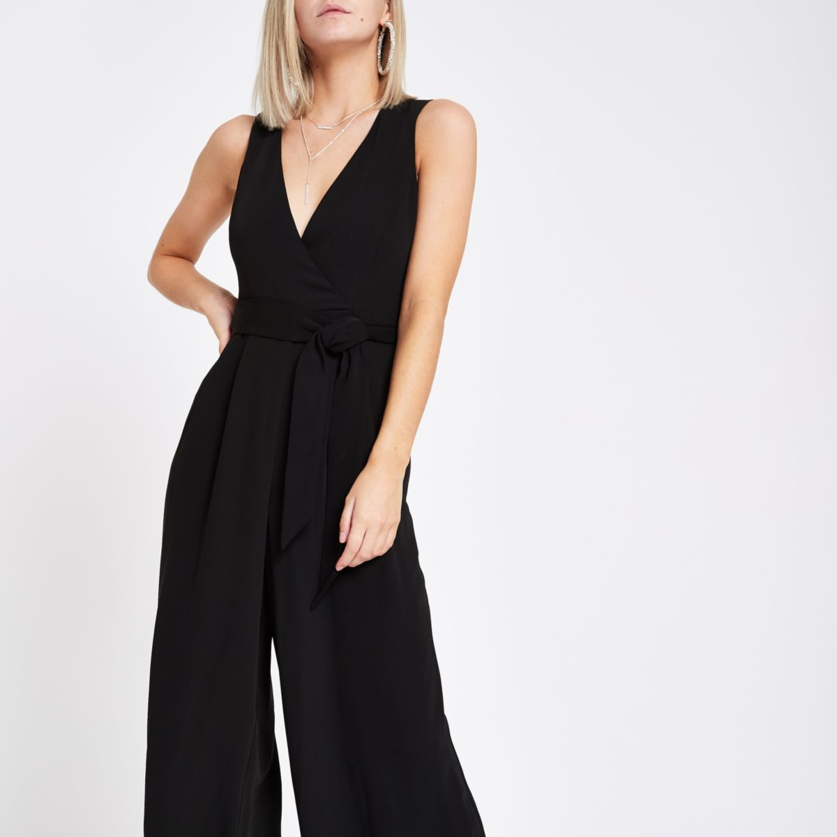 Petite Black wide leg sleeveless jumpsuit