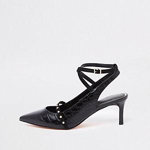 Zwarte pumps met krokodillenprint, enkelbandje en midi-hak