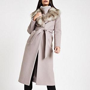 Manteau peignoir en fausse fourrure gris ceinturé