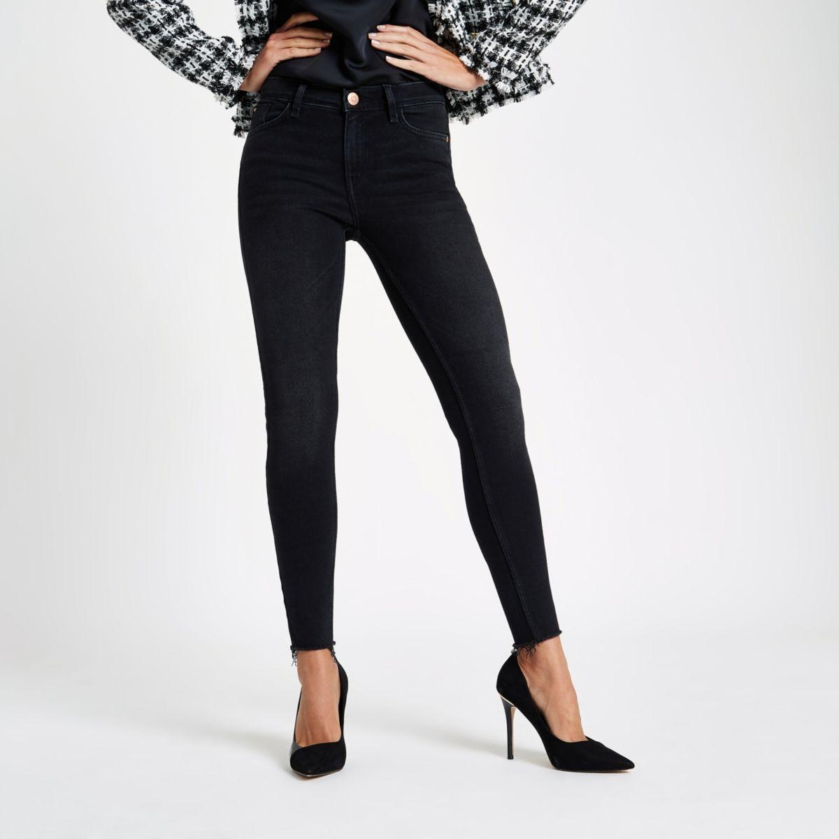 Amelie – Schwarze Jeans mit Waschung