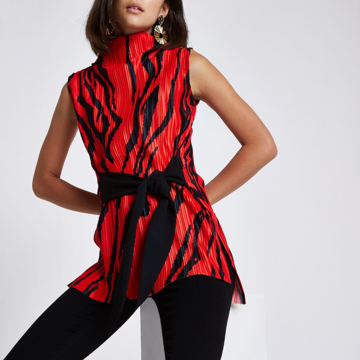 Red zebra print plisse belted top