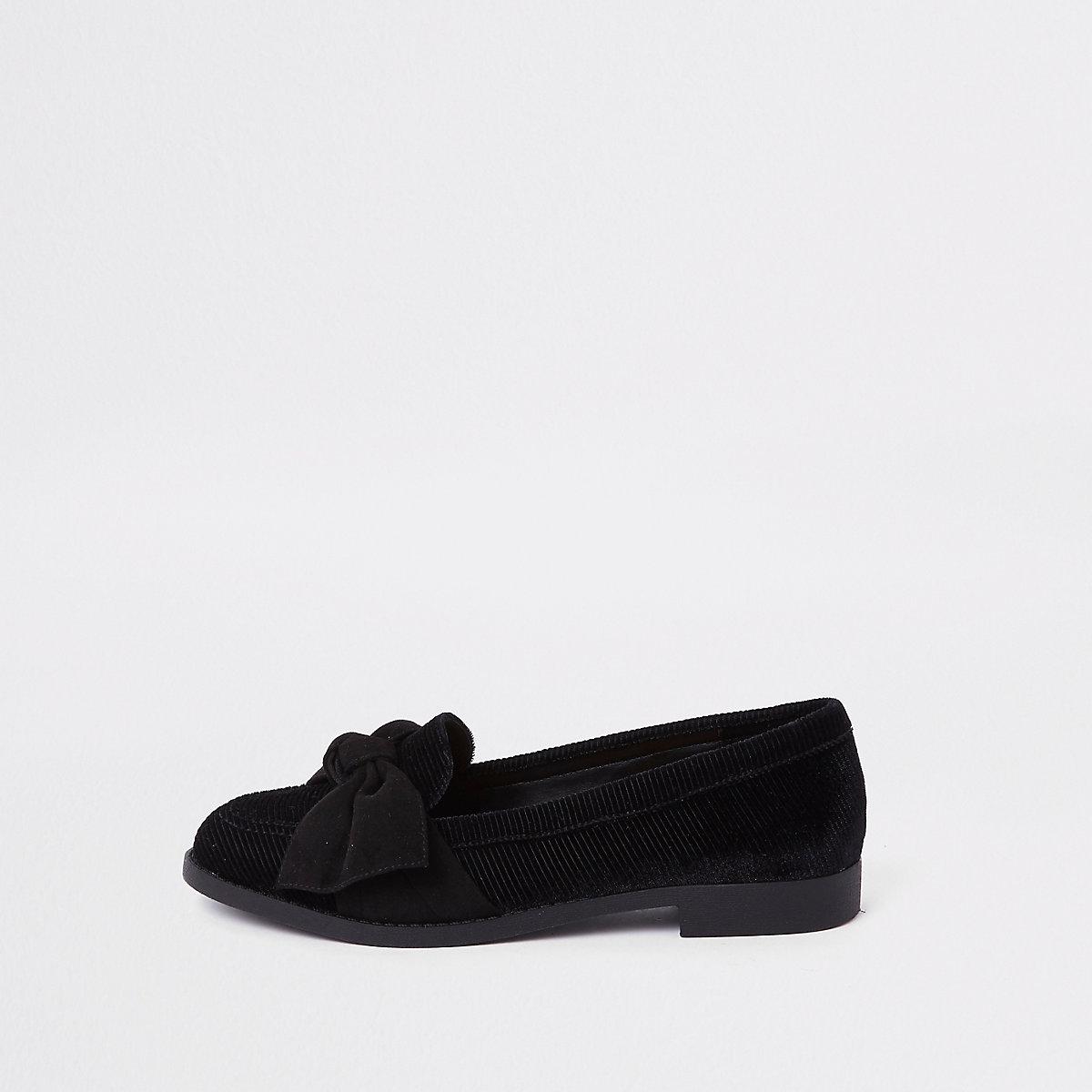 Zwarte loafers van imitatiesuède met strik
