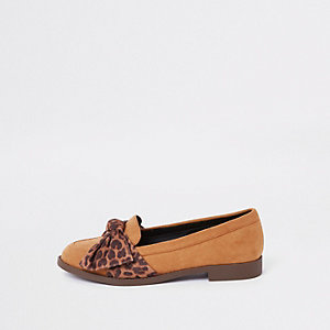 Brown leopard print bow round toe loafers