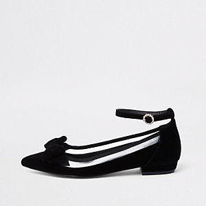 Black perspex pointed bow shoes