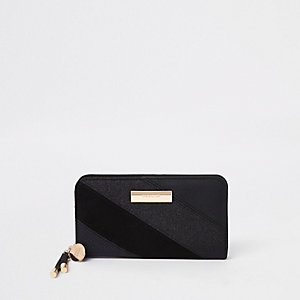 Black gitter panel fold out purse