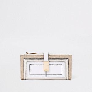 Porte-monnaie beige clair avec poche sur le devant