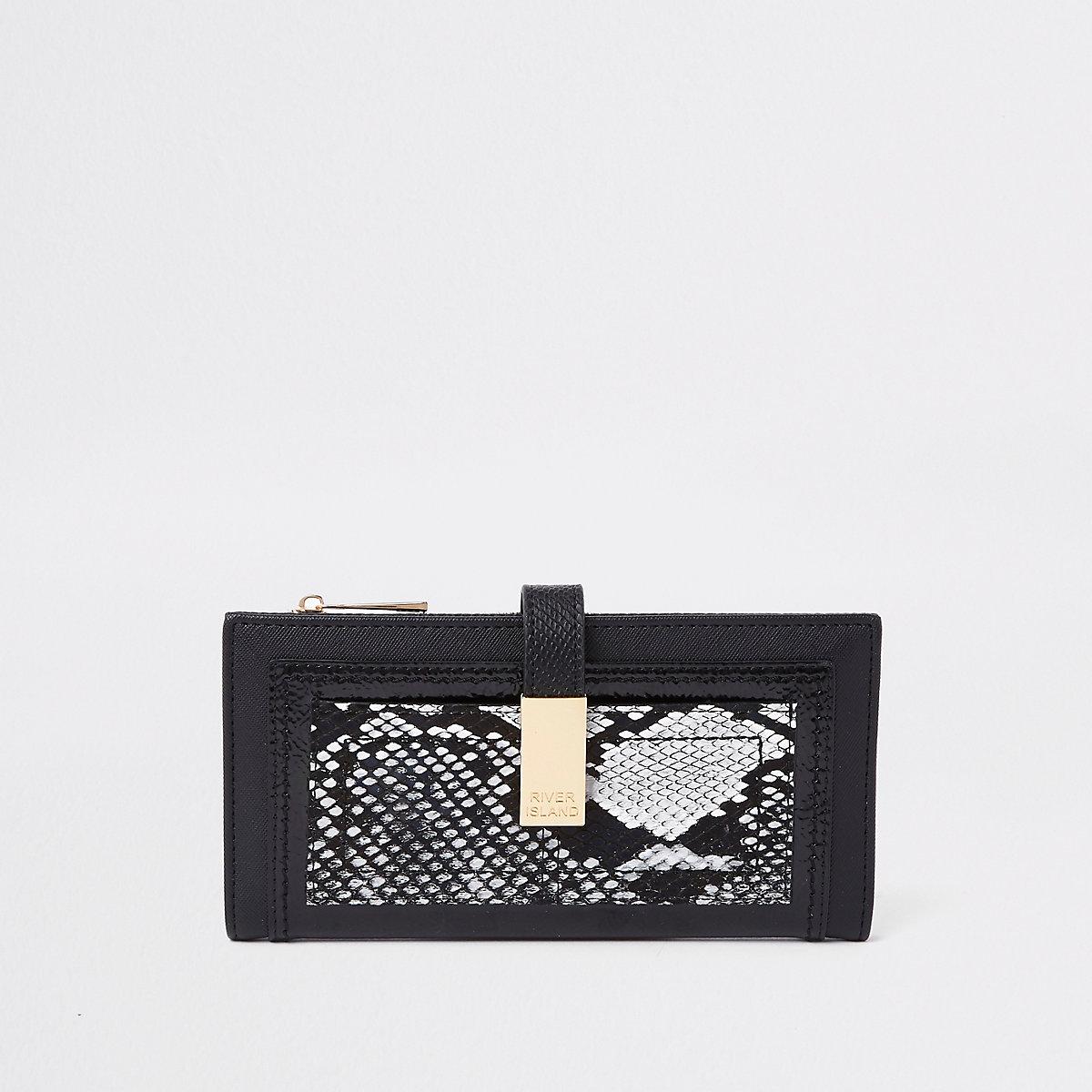 Zwarte portemonnee met slangenprint en vak voor