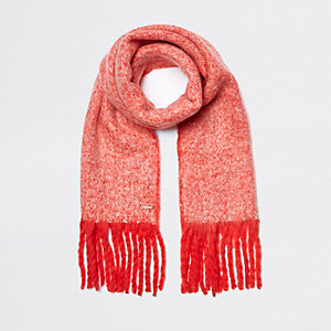 Red marl fluffy scarf