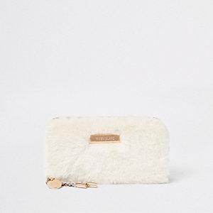 Porte-monnaie crème zippé en fausse fourrure