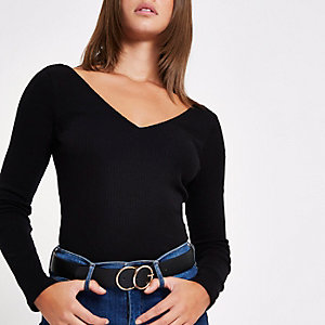 Black V neck long sleeve T-shirt