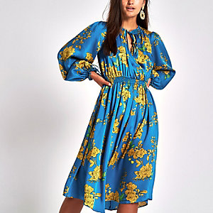 Petite blue print tie neck shirred midi dress