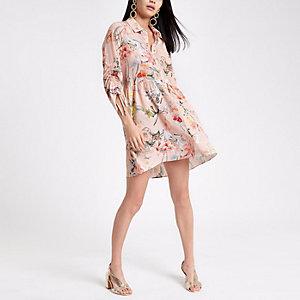 Robe chemise à fleurs rose à manches froncées