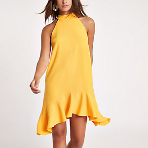 Gelbes Neckholder-Swing-Kleid