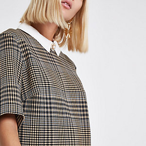 Brown check brooch collar shift dress