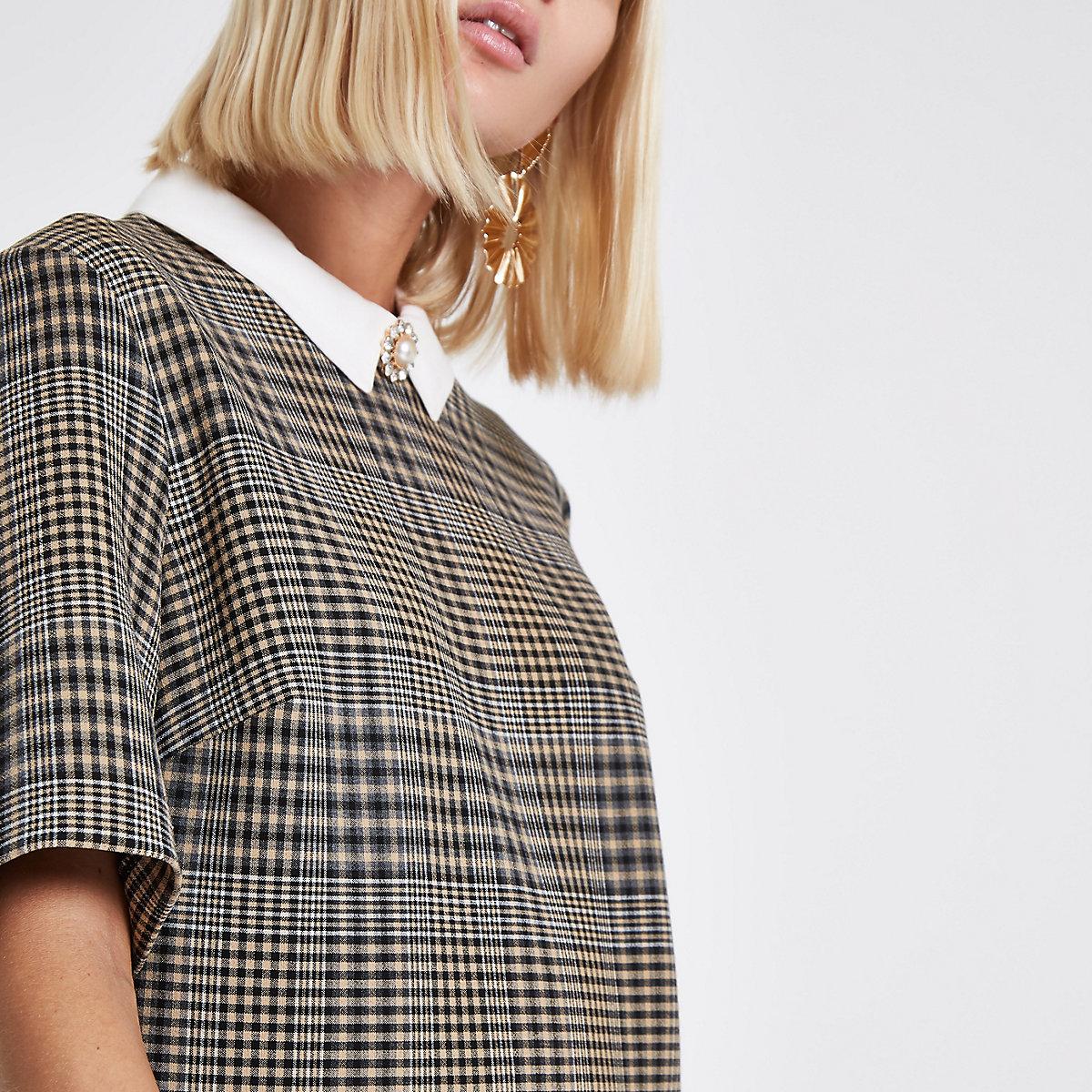 Brown check brooch collar shift dress