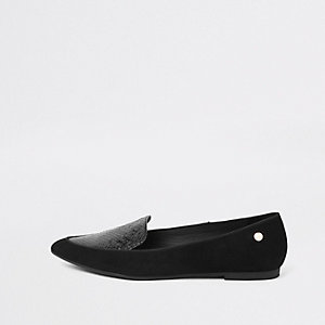 Black pointed toe croc flat shoes