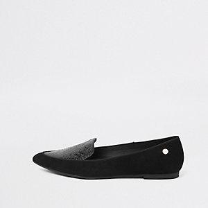 Chaussures plates noires à bout pointu effet croco