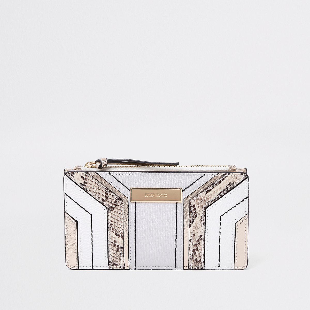 Light grey snake print cutabout foldout purse