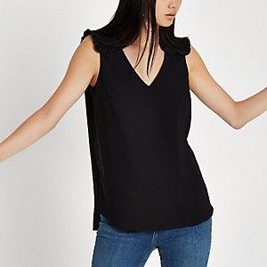 Zwarte blouse met ruches en korte mouwen