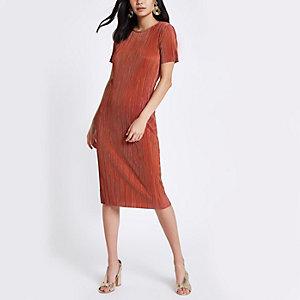 Pink plisse midi dress
