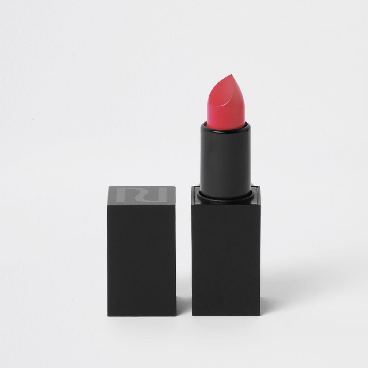 Coral matte lipstick femme