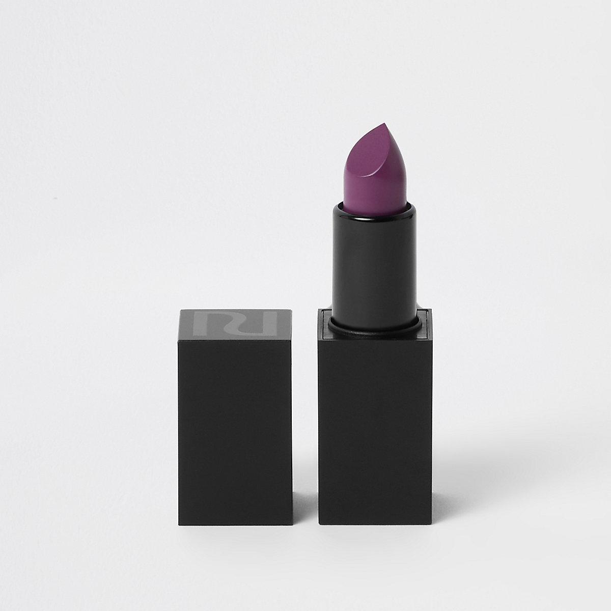 Purple matte lipstick dazed