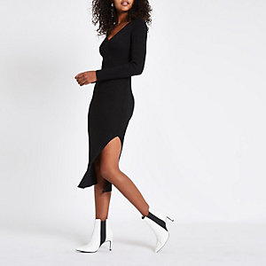 Black V neck knitted dress