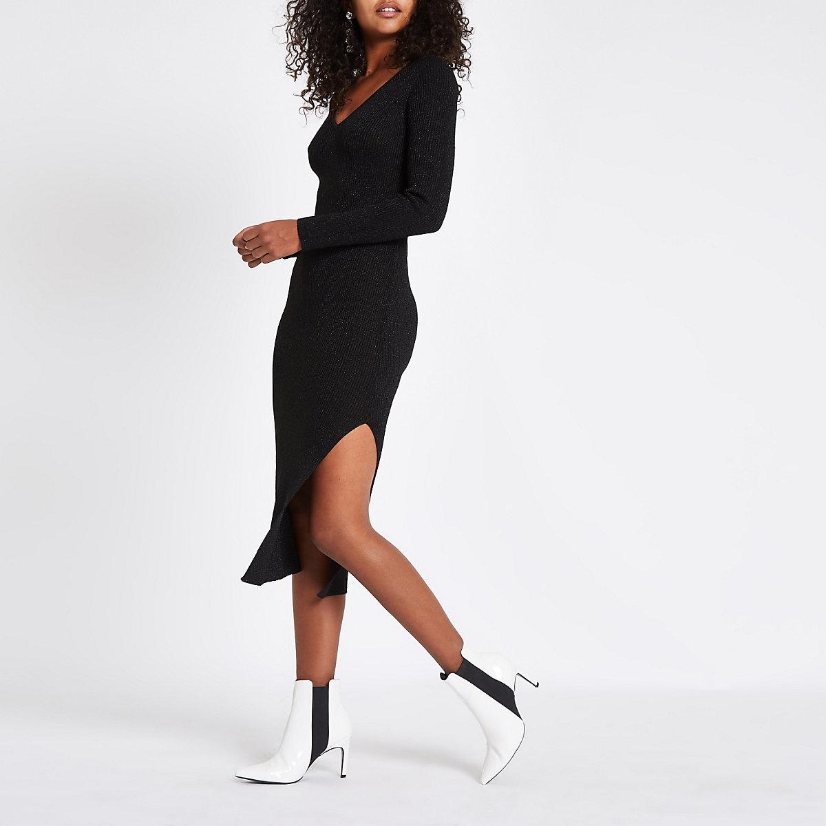 Black V neck knitted dress