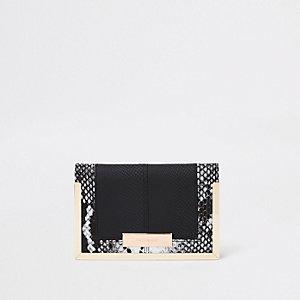 Porte-passeport imprimé serpent noir