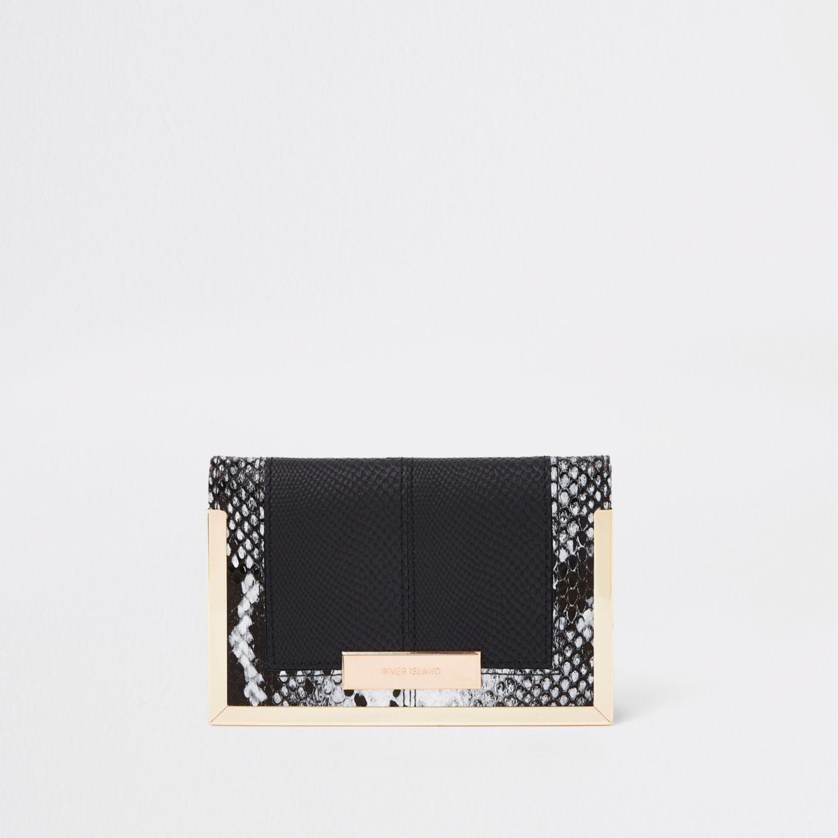 Black snake print passport holder