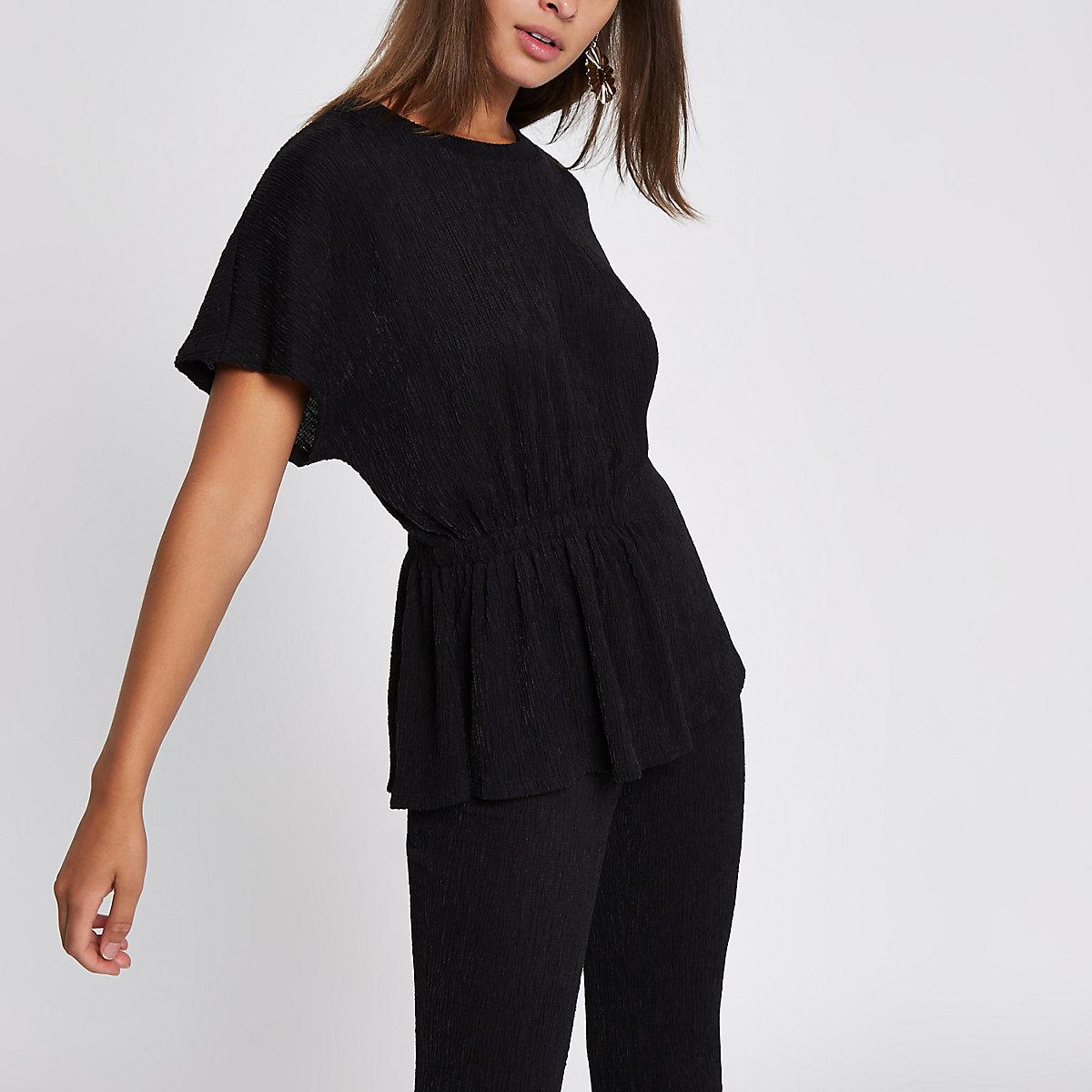 Zwart T-shirt met textuur en ruche aan de zijkant