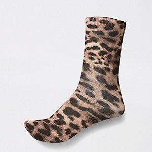 Braune Sneakersocken mit Leoparden-Print