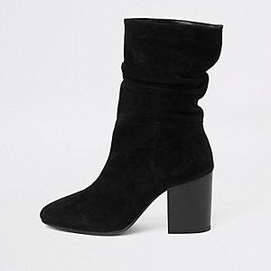 Zwarte suède laarzen met blokhak