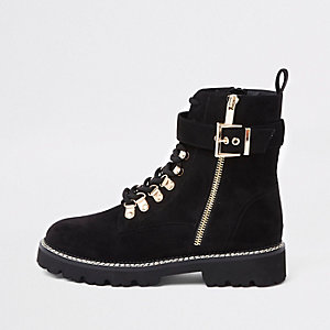 Black buckle lace-up hiking boots