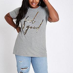 T-shirt Plus gris à imprimé léopard et inscription « feel good »