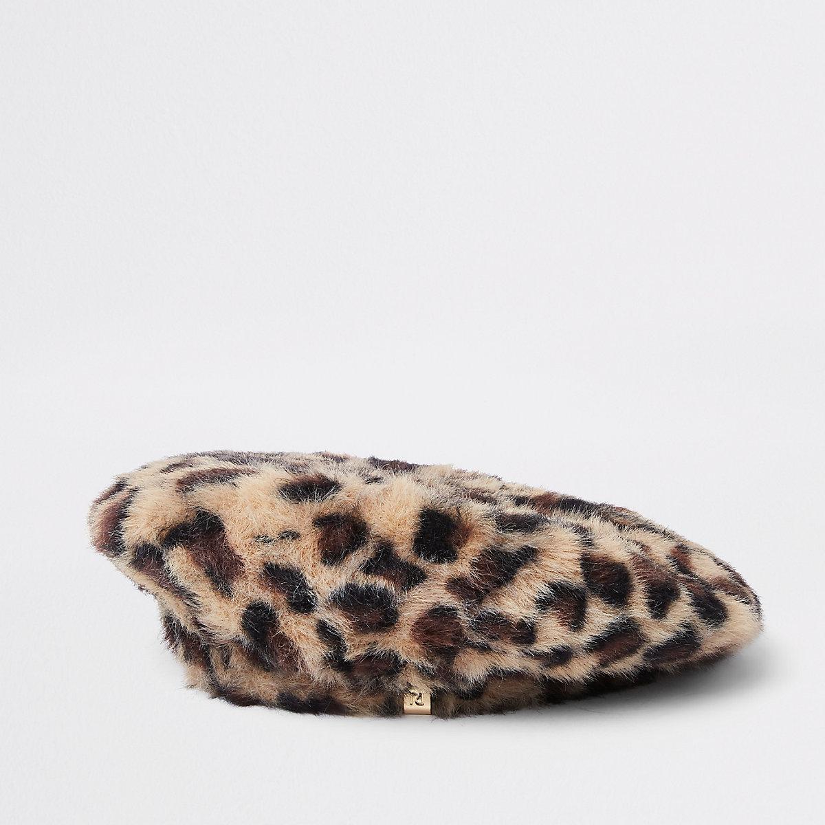 Brown leopard print fluffy beret
