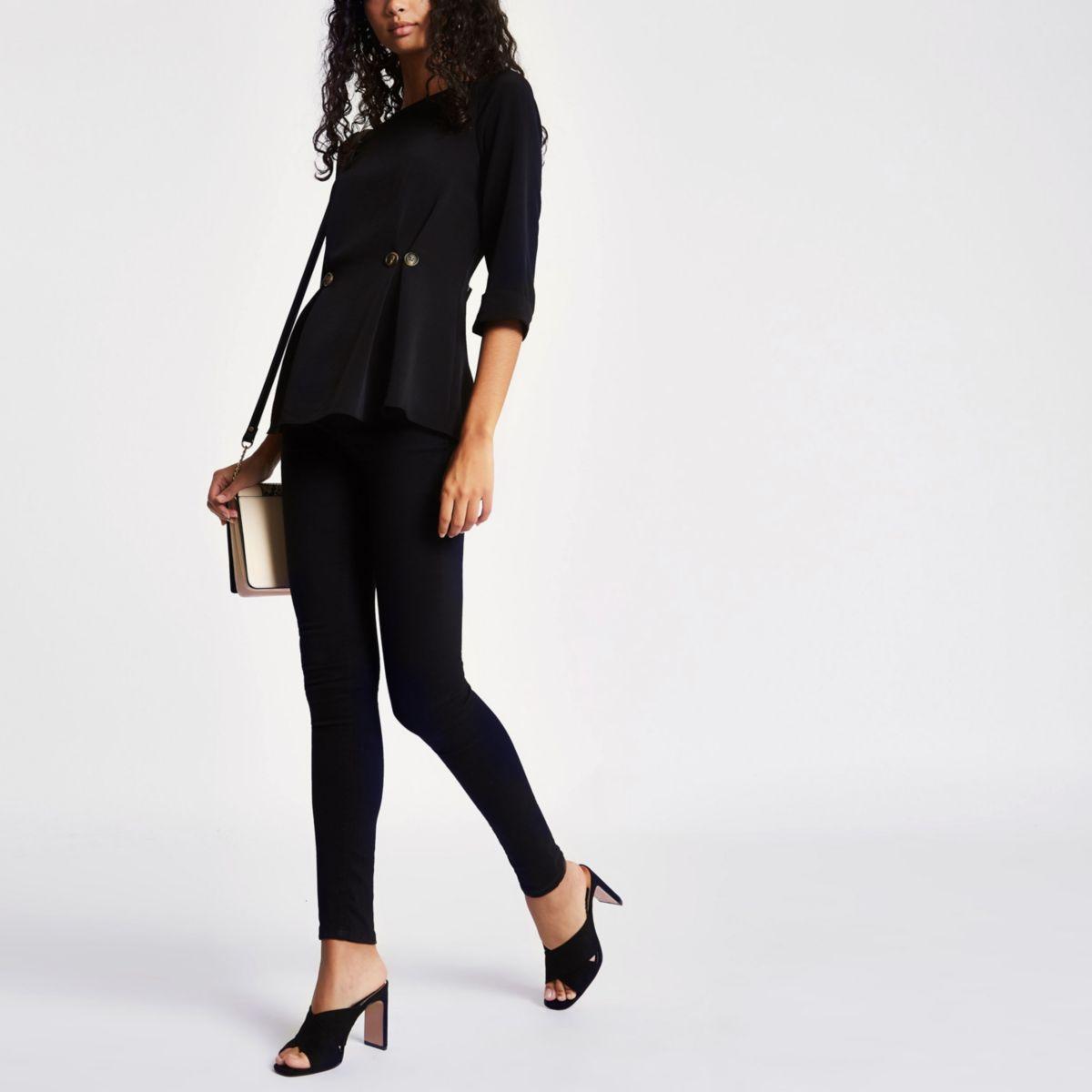 Black button waist loose fit top