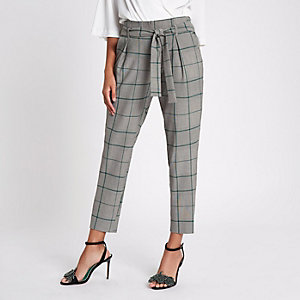 Green check tapered pants
