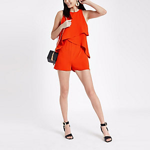 Rode mouwloze playsuit met ruches