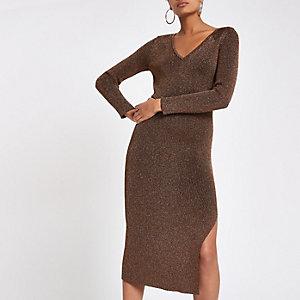Bronskleurige gebreide jurk met V-hals