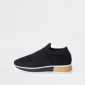 Chaussures de course noires texturées élastiques