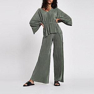Plissierte Jersey-Hose mit weitem Beinschnitt in Khaki
