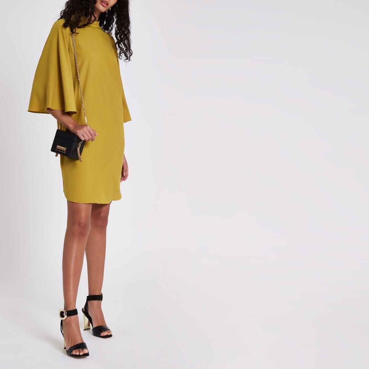 Yellow button shoulder swing dress