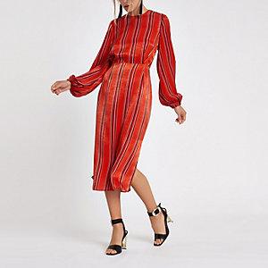 Rode gestreepte midi-jurk met lange mouwen