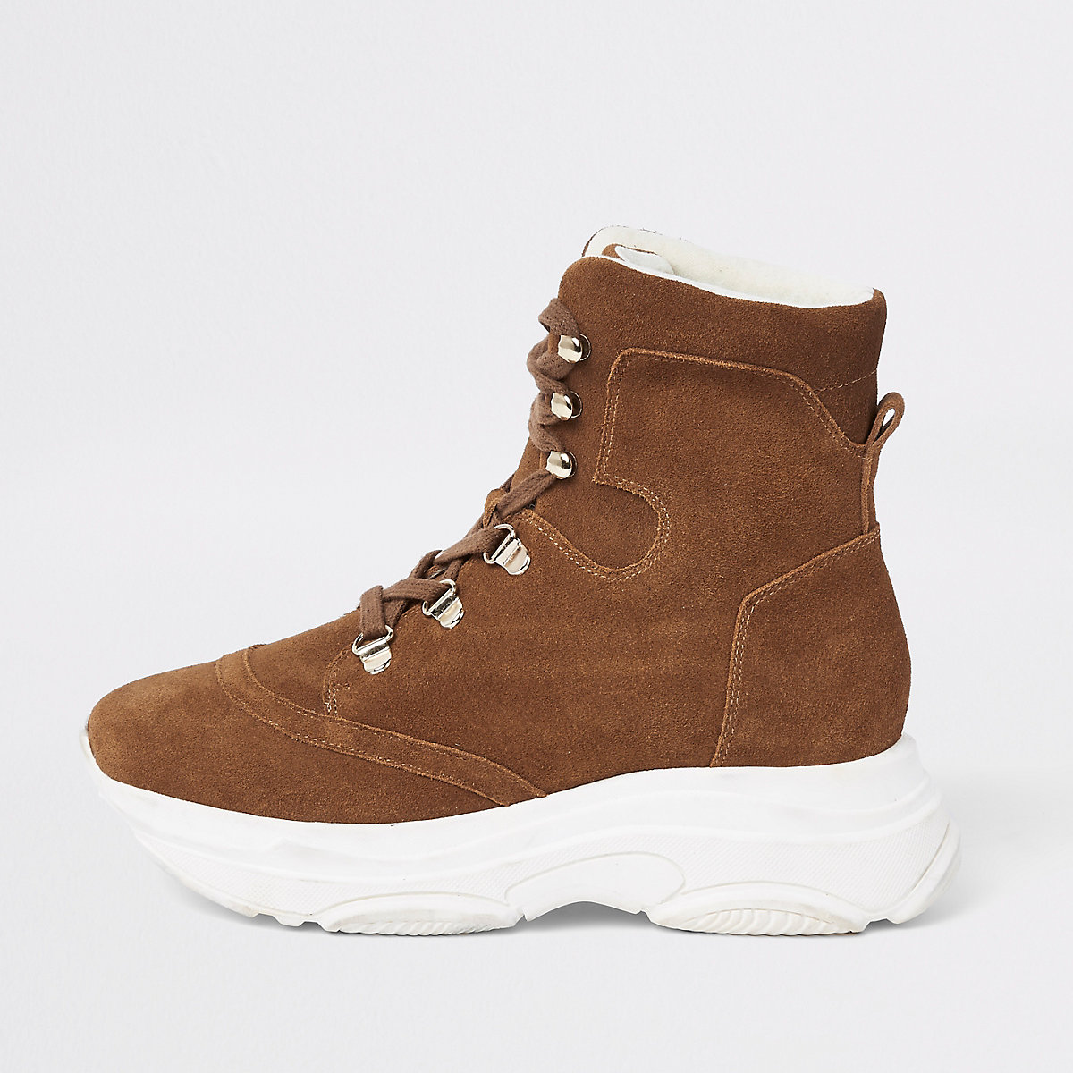 Brown sporty lace-up boots