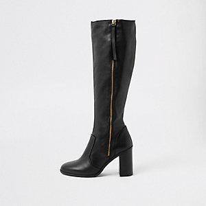 Schwarze, kniehohe Lederstiefel mit seitlichem Reißverschluss