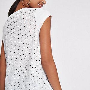 Weißes T-Shirt mit Lochstickerei