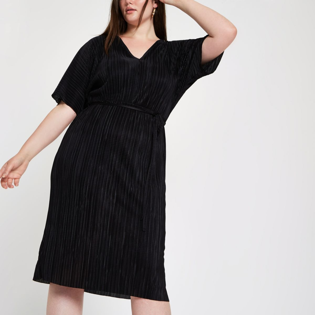 Plus black plisse kimono sleeve dress